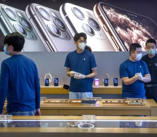 Apple says coronavirus will keep it from meeting revenue expectations