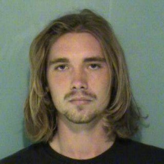 Jesse Helt, Miley Cyrus' VMA Guest, Surrenders to Oregon Jail
