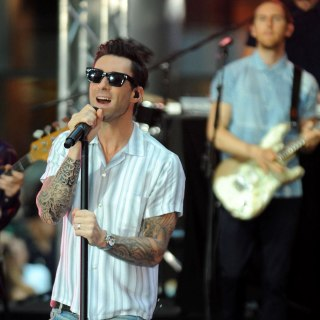Showtime! Maroon 5 Performs 'Maps' Live on TODAY