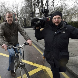 BBC Chief Tony Hall Gets Death Threat After Dropping Clarkson, 'Top Gear' Host