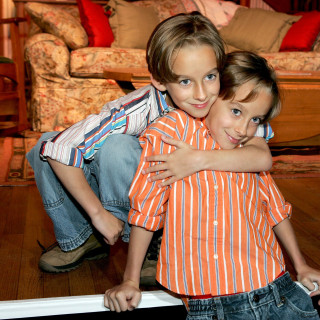 'Everybody Loves Raymond' Actor Sawyer Sweeten Commits Suicide at 19