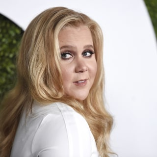 No More Fan Photos? Amy Schumer Rethinks It After Street Scare