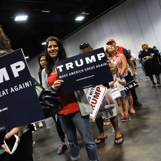 Super PACs Backing Donald Trump Struggle to Gain Support, Traction