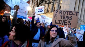 White House Reverses Obama-Era Transgender Bathroom Protections