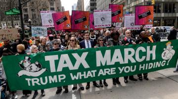 Four Roadblocks That Could Wreck Trump's Tax Plan
