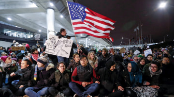 Appeals Court Upholds Ban on Enforcing Trump Travel Restrictions
