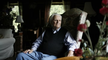 Billy Graham, evangelist pastor and counselor to presidents, dead at age 99