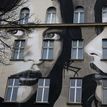 Image: Murals of fashion model Teresa Oman by Melbourne-based street artist Rone in Berlin