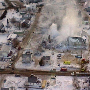 Image: Aerial view of senior complex in Quebec after a fire on Jan. 23, 2014.