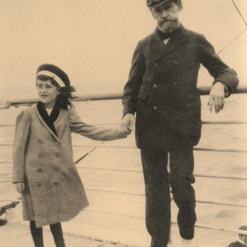 Image: Huguette Clark on a ship with her father, W.A. Clark, in the 1910s