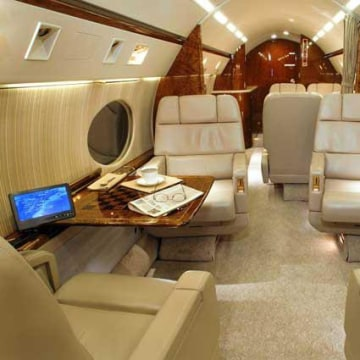 Image: Interior of Gulfstream IVSP N728LB