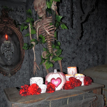 Haunted hearts for Valentine's Day at Castle Blood
