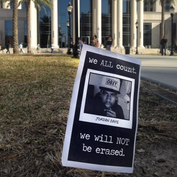Image: A memorial to Jordan Davis