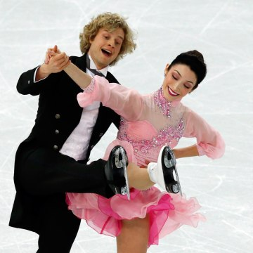 Image: US Meryl Davis and US Charlie White perform in the Figure Skating Team Ice Dance Short Dance