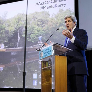 Image: U.S. Secretary of State Kerry during a speech on climate change in Jakarta
