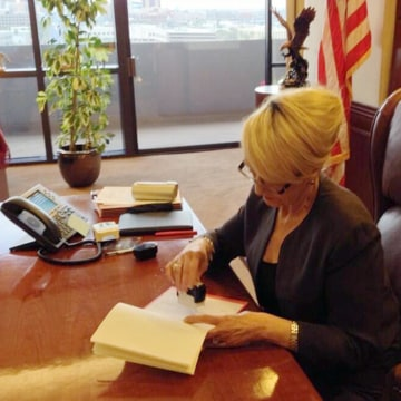 Image: Arizona Governor Jan Brewer vetoes SB 1062