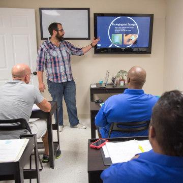 Image: Class at Medical Marijuana Tampa