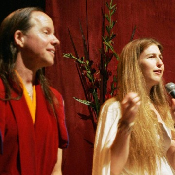 Geshe Michael Roach (L) and Christie McN