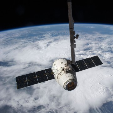 Image: SpaceX Dragon cargo craft