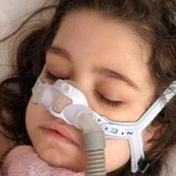 Image: Image: Sarah Murnaghan, 10, has been waiting for a lung transplant for 18 months.