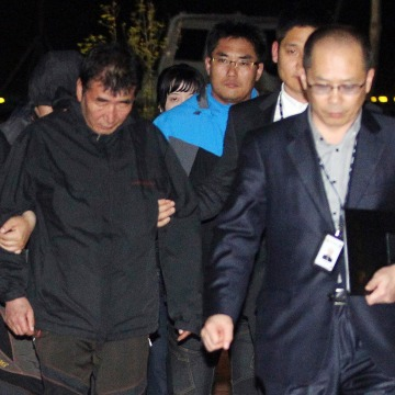 Image: Lee Joon-Seok, captain of the South Korean ferry Sewol which capsized on Wednesday, arrives at a court in Mokpo