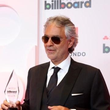 Image: 2014 Billboard Latin Music Awards - Backstage Photo