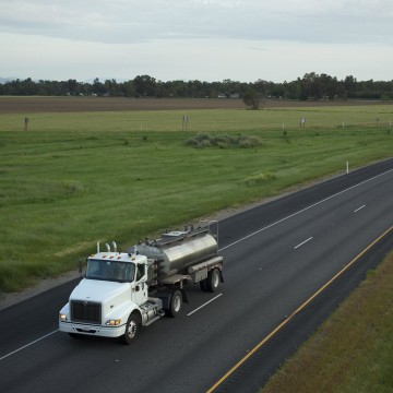 Image: Truck hauling salmon