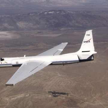 ER2 AIRCRAFT IN FLIGHT
