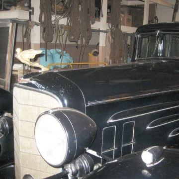Image: A 1933 Cadillac V-16 seven-passenger limousine in the carriage house at Bellosguardo.