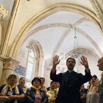 Image: ISRAEL-VATICAN-RELIGION-POPE-CENACLE