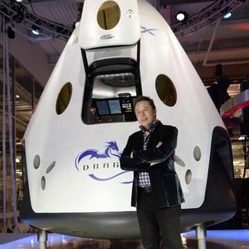 Image: Elon Musk and Dragon V2