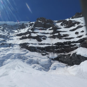 Image: Mount Rainier climbing accident area