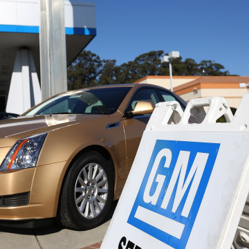 Chrylser and General Motors led automakers in the best sales year since 2007.