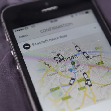Online car service Uber said it closed a round of financing that values the company at $17 billion.