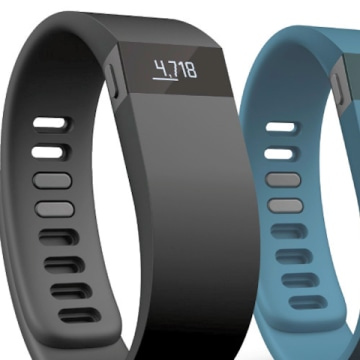 Apple Plans to Stop Selling Fitbit Devices in Stores: Re ...
