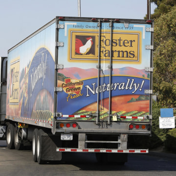 Image: A truck enters the Foster Farms processing plant