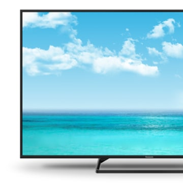 Panasonic TC-39AS530U (39-Inch LED)