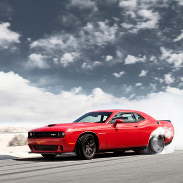 Image: Chrysler Group LLC 2015 Dodge Challenger SRT