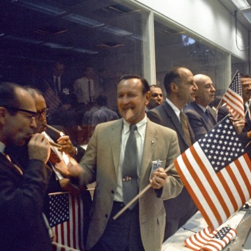Image: Mission Control celebration