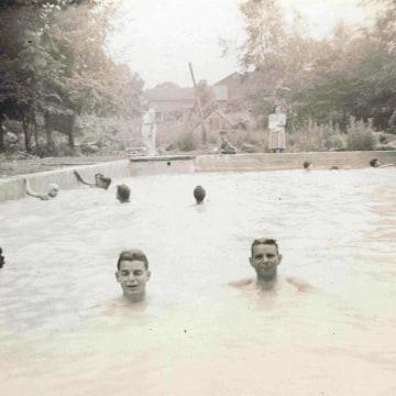 Image: Swimming pool