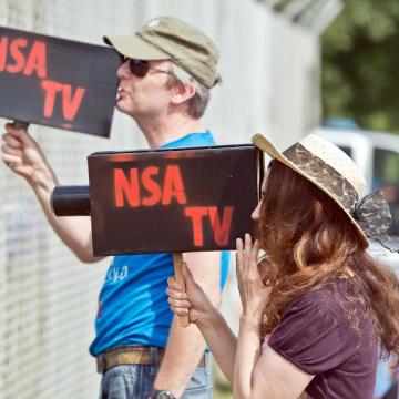 Image:Protest against U.S. military facility in Griesheim, Germany