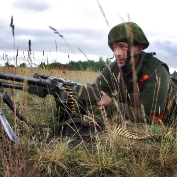 Image: A Lithuanian soldier takes part in a field training exercise