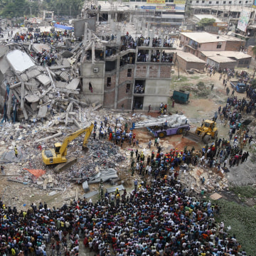 Image: Building collapse aftermath
