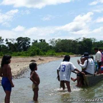 Image: Mashco-Piro children