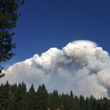 Image: Smoke from the King Fire billows into the sky.