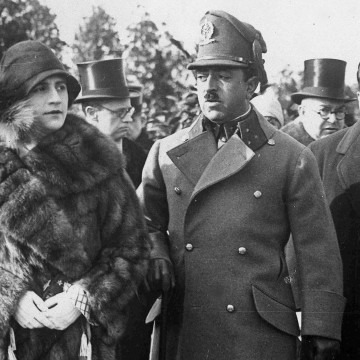 Queen Soraya and King Amanullah Khan of Afghanistan walk in Berlin during an official visit to Germany, Feb. 24, 1928.