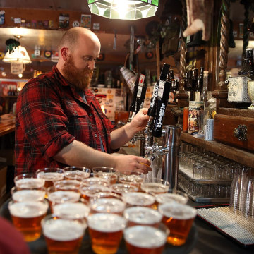 Image: California breweries worry that drought will affect beer quality