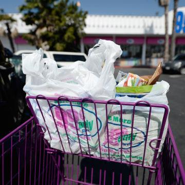Image: Los Angeles City Council Votes On Plastic Bag Ban