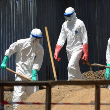 Image: Ebola Workers in  LIBERIA