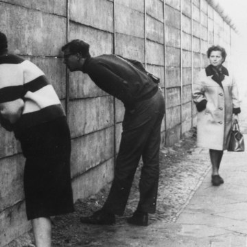 Image: Berlin Wall on Oct. 3, 1966